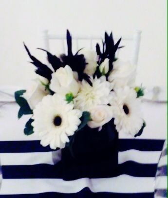 Black and White wedding. Toronto/GTA florist