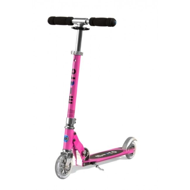 Micro Scooters' Sprite All Rounder has an easy folding mechanism and its light weight and handy kickstand make it a practical everyday scooter which can be taken anywhere. Max weight: 100kg #rideontoy #microscooter #Christmas2014