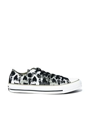 3dc97acdfc0 Converse Chuck Taylor All Star Skull Print Lo Top Trainers