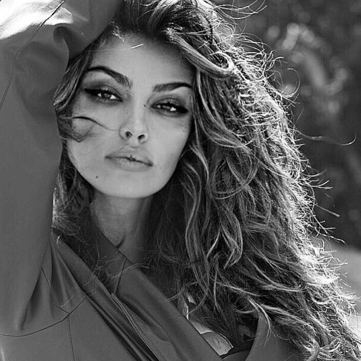 Madalina Ghenea - Ca valait la peine - YouTube  |Madalina Ghenea