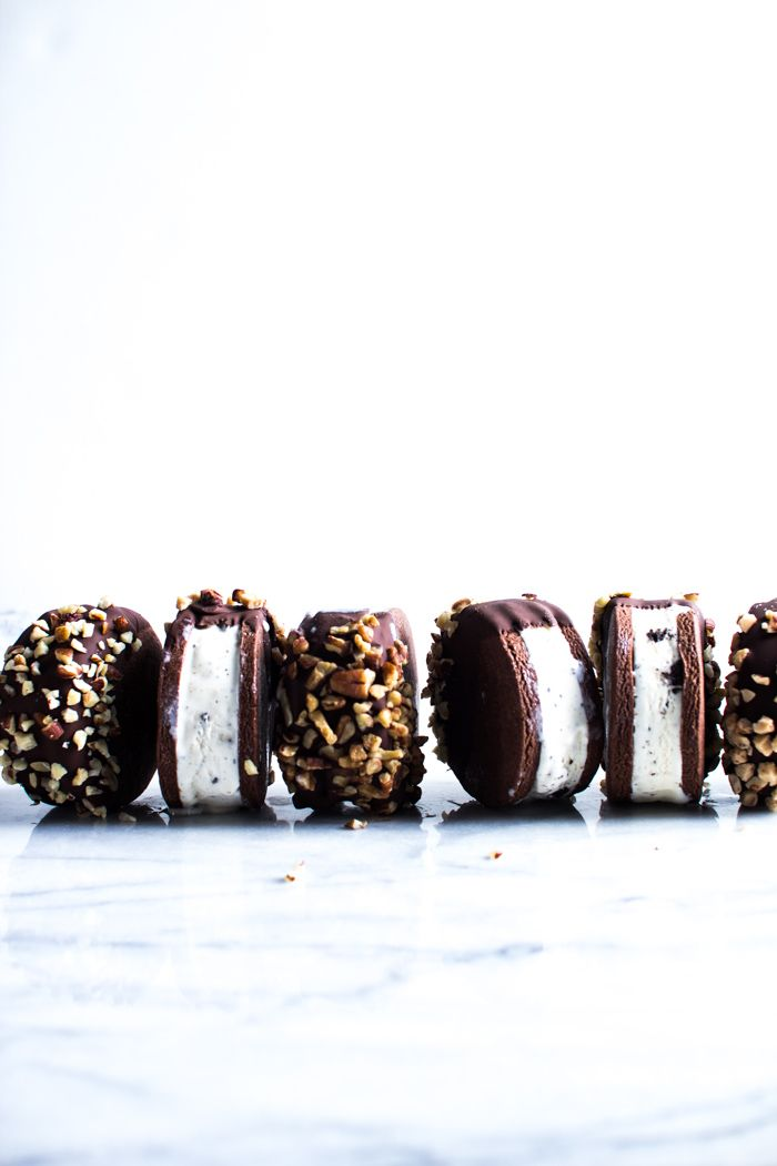 ... chocolate dipped ice cream sandwich cookies ...