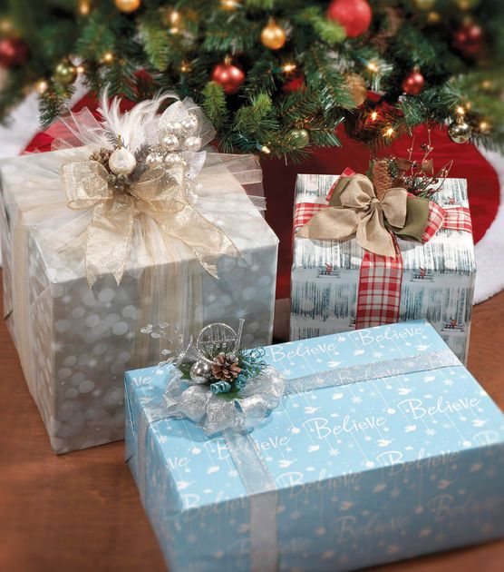 Great Gift Wrap Ideas for the holidays!: Chrisas Wrapping, Joann Fabrics, Gift Wrapping, Galore Image, Joann With, Gift Wrap Packaging, Diy Gift Wrap, Giftwrap Galore