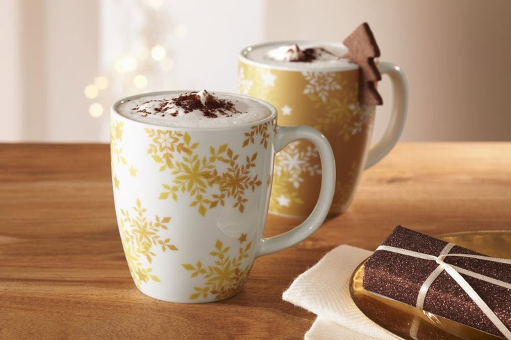 Damit schmeckt der Kaffee gleich ein bisschen weihnachtlicher! Zwei Trinkbecher für €6,95 bei #Tchibo