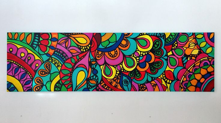 Pintura acrílica sobre tela. Mandalas. Colores. 1,40 mts x 40 cms.