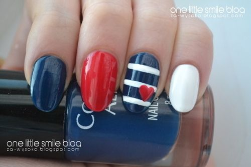 july 4th......going to be sporting nails like this
