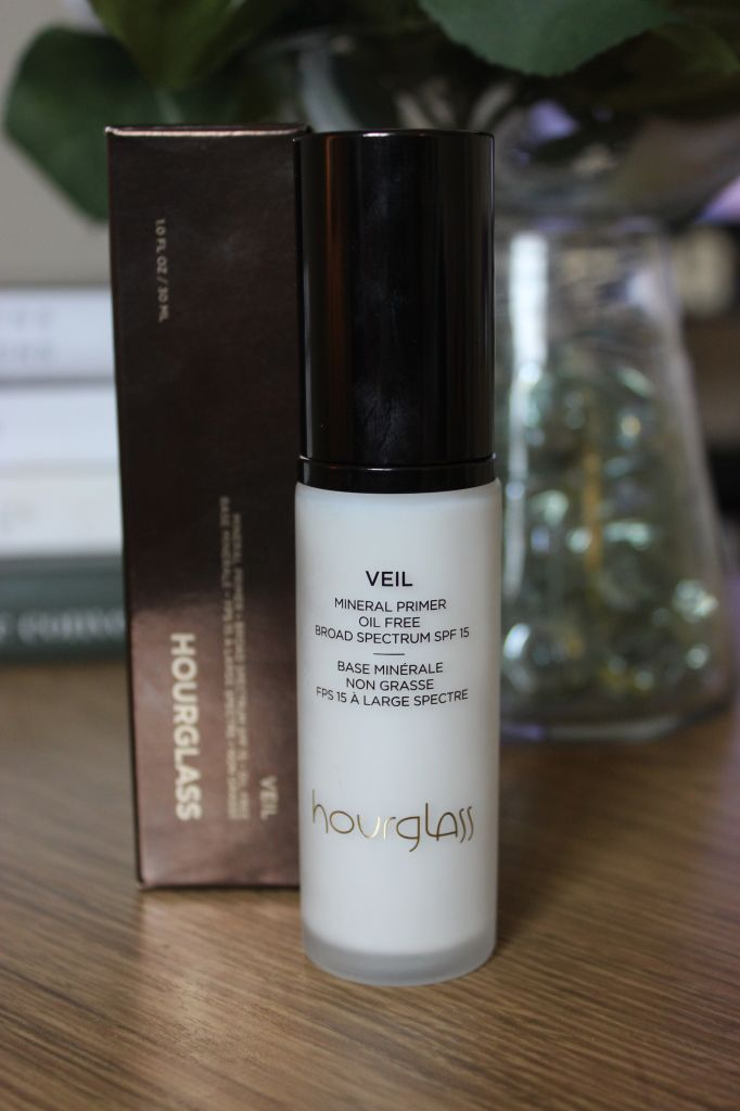 Anoushka Loves | Hourglass Mineral Veil Primer | http://anoushkaloves.com - Great for us oily skinned girls