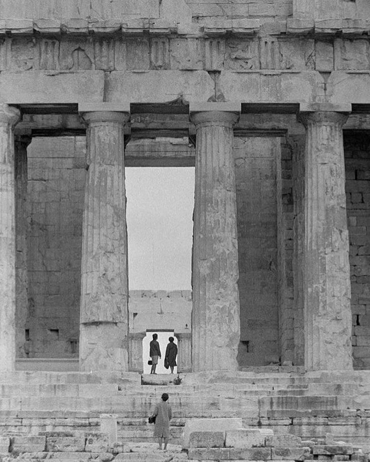 [Photo by Zacharias Stellas, 1965-1975 Benaki Museum Photographic Archive] #parthenon #acropolis #Athens