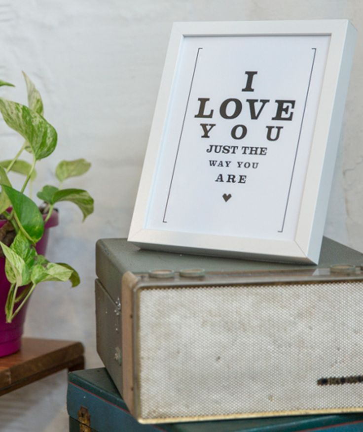 [I LOVE YOU JUST] (Te quiero justo como eres) - cuadro, decoración para paredes. $79.900 COP. Cómpralo aquí--> https://www.dekosas.com/productos/decoracion-hogar-love-to-be-framed-words-i-love-you-small-detalle