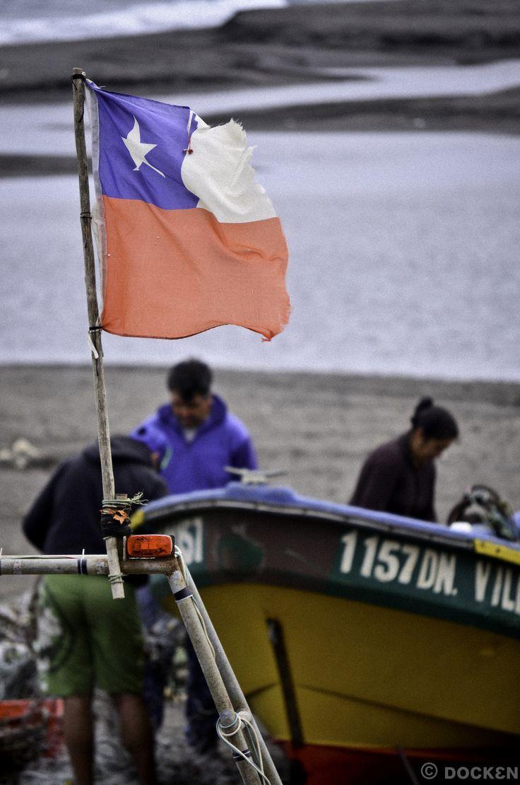 https://flic.kr/p/kpknVa | Pescadores de Peluhue | Chile