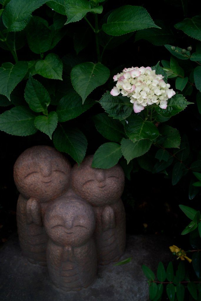 Thekimonogallery: Smiling Ksitigarbha (Jizo) Trio Statues, Japan.  Photography By Satorin5star On