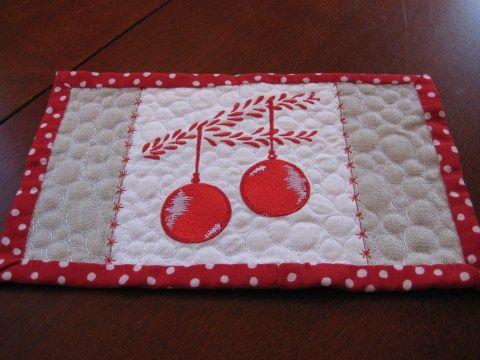 ornaments - Mug Rug