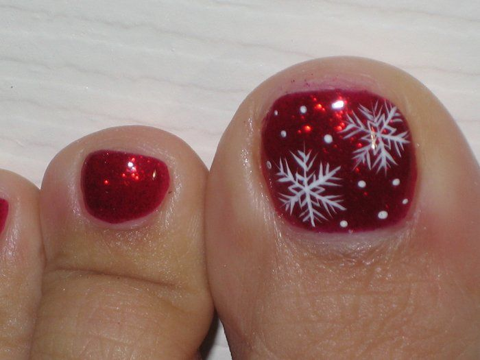 T L Nails - AGAIN...check out the details on the painted snowflake...on my TOE...DANNGGG!! - Livermore, CA, United States