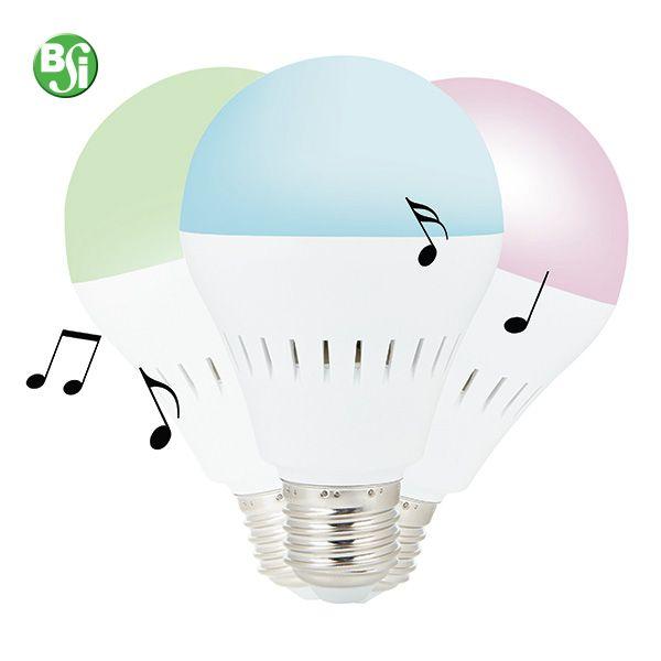 Lampadina smart con speaker Bluetooth Lampadina LED con speaker Bluetooth da 3W che può essere attaccata a qualsiasi lampadario di casa. Connettila al tuo smartphone via Bluetooth e ascolta la tua musica preferita. Scarica l'APP gratuita per cambiare il colore della luce a seconda del tuo umore. Compatibile con iOS (iPhone 4S o superiori) e Android 4.3  #lampadinaled #lampadinabluetooth #musica #colore #lamp #bulb