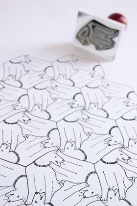 Tips on creating tessellating mosaic patterns by graphic designer Sam Kerr.
