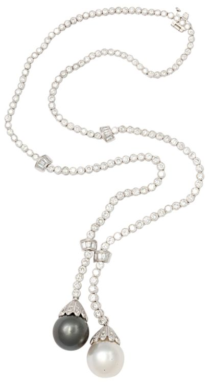 Boucheron - Diamond Sautoir with South Sea Pearls - 10 ct of Diamonds, 15mm South Sea Pearls in 18kt White Gold