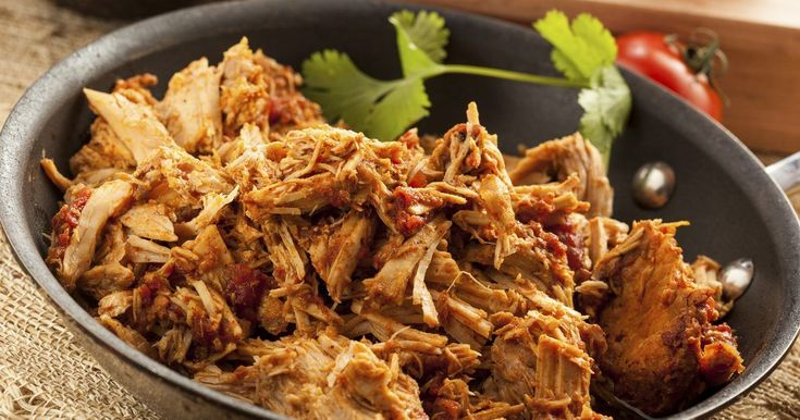 Shredded beef is a versatile ingredient. You can serve it with bold sauce as a barbecue sandwich, use it to stuff ravioli or cannelloni -- or fill a taco shell. Its also a fine alternative to ground beef in chili, casseroles and pasta sauces. The key to cooking beef for shredding is choosing an appropriate cut. Youll only achieve the...