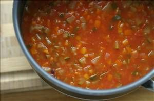 Spicy Vegetable Soup Recipe - A very filling low calorie soup that gets more spicy the longer it sits... 0 Weight Watcher Points