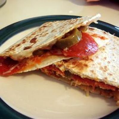 Grilled Pizza Wraps | Healthy eating | Pinterest | Grilled Pizza ...