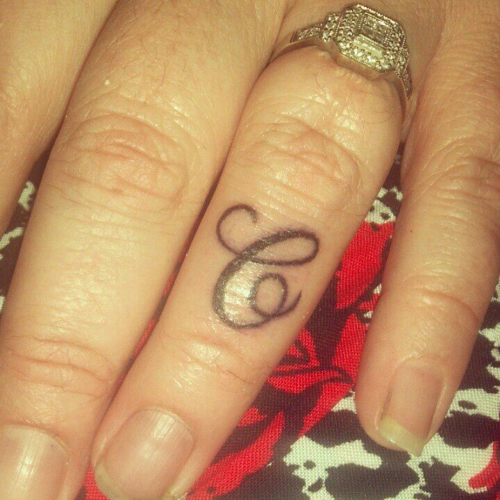 Tattoo Designs P Letter: 17 Best Ideas About Letter C Tattoo On Pinterest