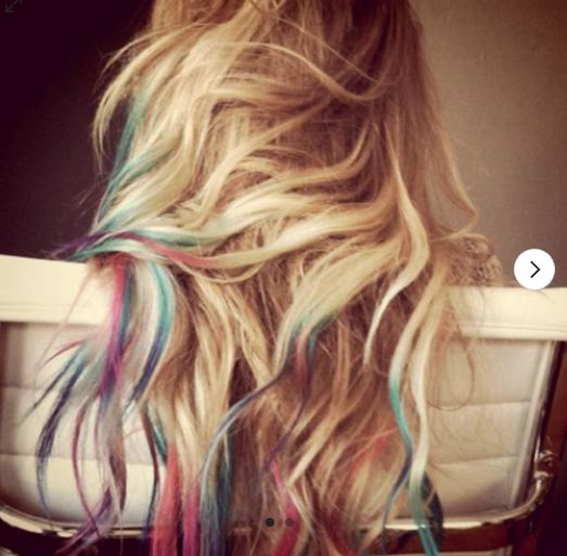 We are selling HAIR CHALK! Fun, temporary alternative to hair dye! Find it here: http://www.chalkii.com/shop/hair-chalk-6/  #chalk #chalking #chalkboard #chalkboards #art #creative #shop #decorate #hair #beauty #inspire #customize #chalkii