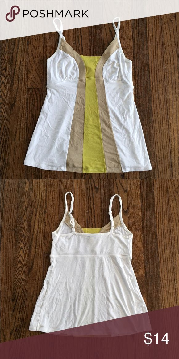 Banana Republic tank top Banana Republic tank top in excellent condition.  Worn just a couple times.  Fits true to size.  From the Banana Republic Factory store. Banana Republic Tops Tank Tops