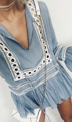 Coachella and festivals outfit. Lightblue blouse for hippies. Fashion style to copy.