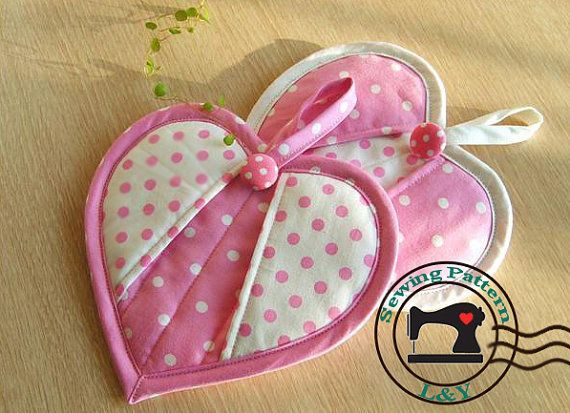 Heart-shaped Potholder PDF Tutorial and Pattern: Heartshap Potholders, Pdf Sewing Patterns, Pots Holders, Pdf Tutorials, Potholders Pdf, Heart Shap Potholders, Pdf Patterns, Hot Pads, Potholders Patterns