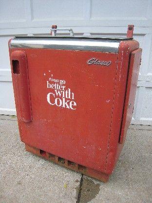 Vintage Soda Machines - Coke machine restoration, Jukebox