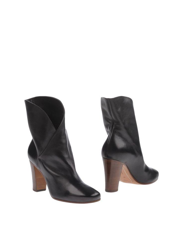 Céline Полусапоги И Высокие Ботинки Для Женщин - Полусапоги И Высокие Ботинки Céline на YOOX - 11217937NT