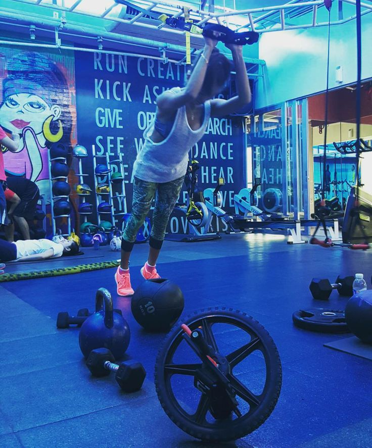 Harcore gymming #FTX #Crossfit #Lovingit