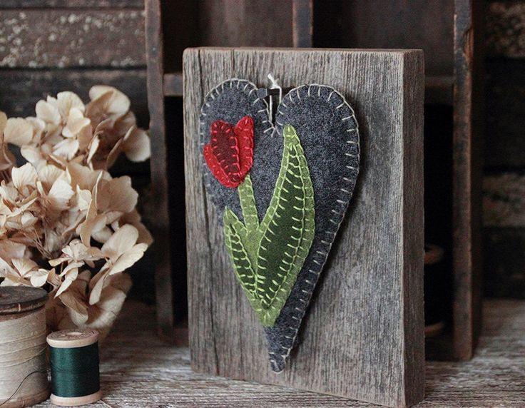 Primitive Folk Art, Wool Applique, Barn Wood, Prim Wall Hanging, Spring Tulip, Farmhouse by rockriverstitches on Etsy https://www.etsy.com/listing/275199120/primitive-folk-art-wool-applique-barn