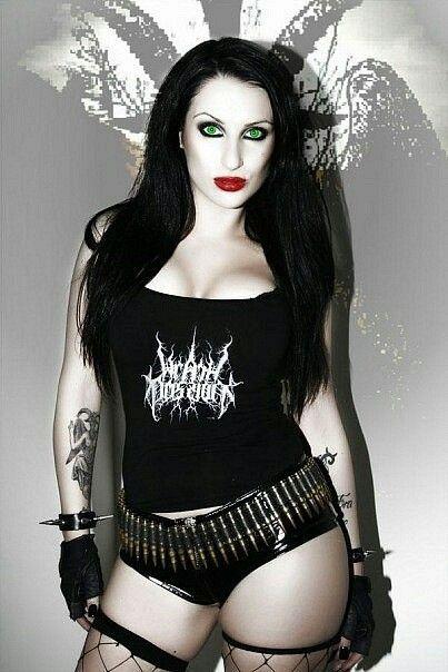 Naked Gothics 30
