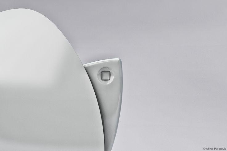 사진은 권력이다 :: 스마트한 사람들을 위한 애플 로고 모양의 변기, iPoo