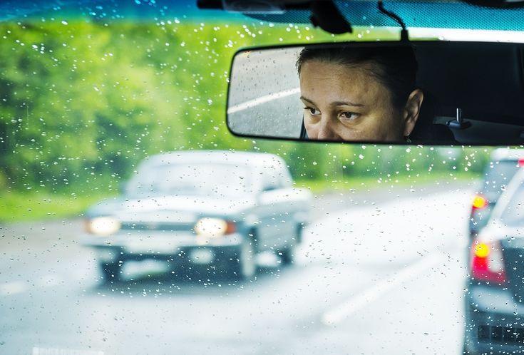 Beim Einer Fahrzeugschlange Uberholen Unklare Verkehrssituatio Verkehrsunfall Verkehrsunfall Beim Uberholen Einer Fahrzeugschla Fahrzeuge Unfall Verkehr