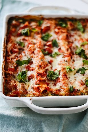 Spinach Artichoke Lasagna | 17 Pasta Recipes For When You're Trying To Be…