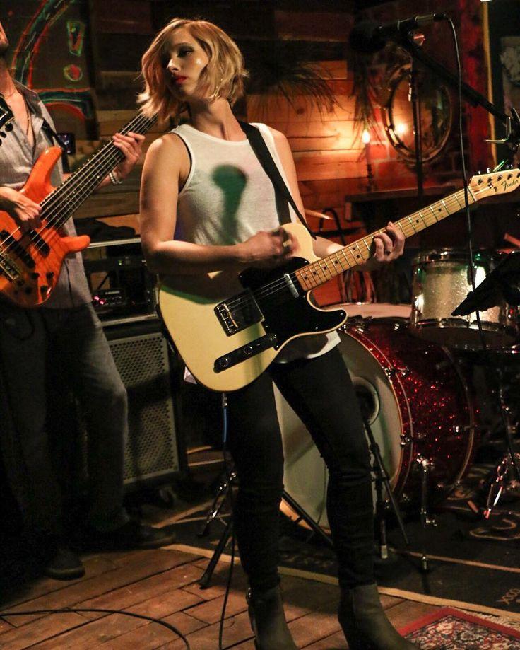Kim brown singing at planet sarbez #music #livemusic #localmusic #staugustine #staugustinefl #awesome #cool #followme #photo #photography #instagood #indigoapplepro @narrowmagazine @staugustinebuzz by indigoapplepro