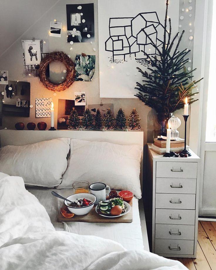 """Pinterest: @startariotinme 2,167 Likes, 6 Comments - SEBASTIAN (@mosebacke) on Instagram: """"Frukost i min gamla goa säng med ljus o allt! Gäller o ta i årets näst sista dag tänker jag!! Sol…"""""""