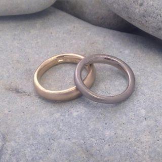 Ringar i fairtradeguld #ekoguld #ekoguldsmed #fairtradegold #jewellery #fairminedgold #vigselring #förlovningsring #ateljejohannae #öland