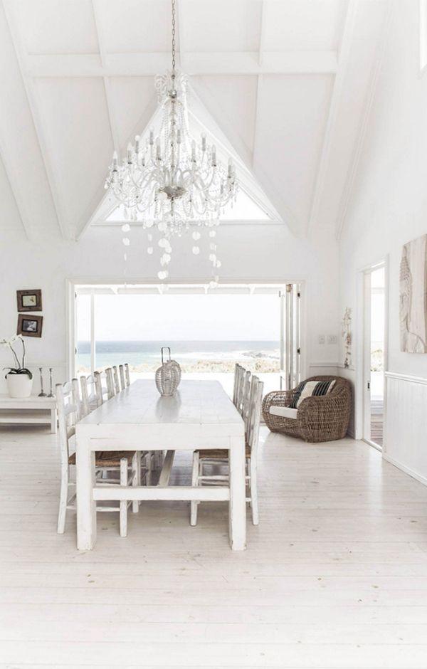 A WHITE BEACH HOUSE ON THE GERMAN COAST
