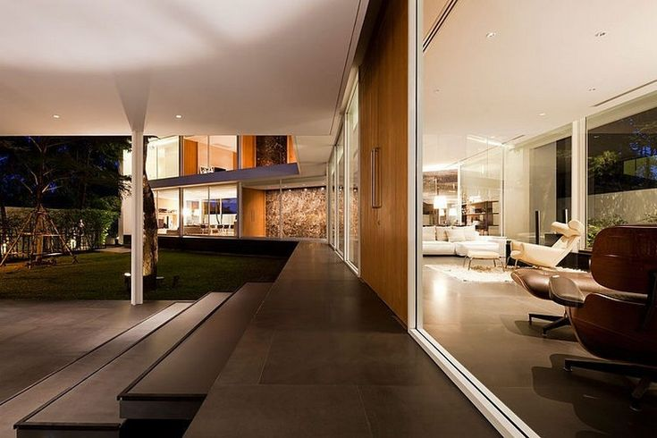 Contemporary Bangkok Residence Defined by Interconnected Glass Volumes - http://freshome.com/2014/09/08/contemporary-bangkok-residence-defined-by-interconnected-glass-volumes/