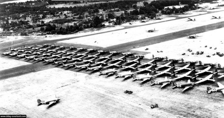 Operation Keokuk: was bedoeld om 32 Horsa gliders beladen met 160 man personeel van Signal Corps, Medisch personeel, en personeel van de division Headquarters naar Normandië te brengen. Tevens hadden deze veertig voertuigen, 6 artillerie geschut stukken en 19 ton aan munitie bij zich.