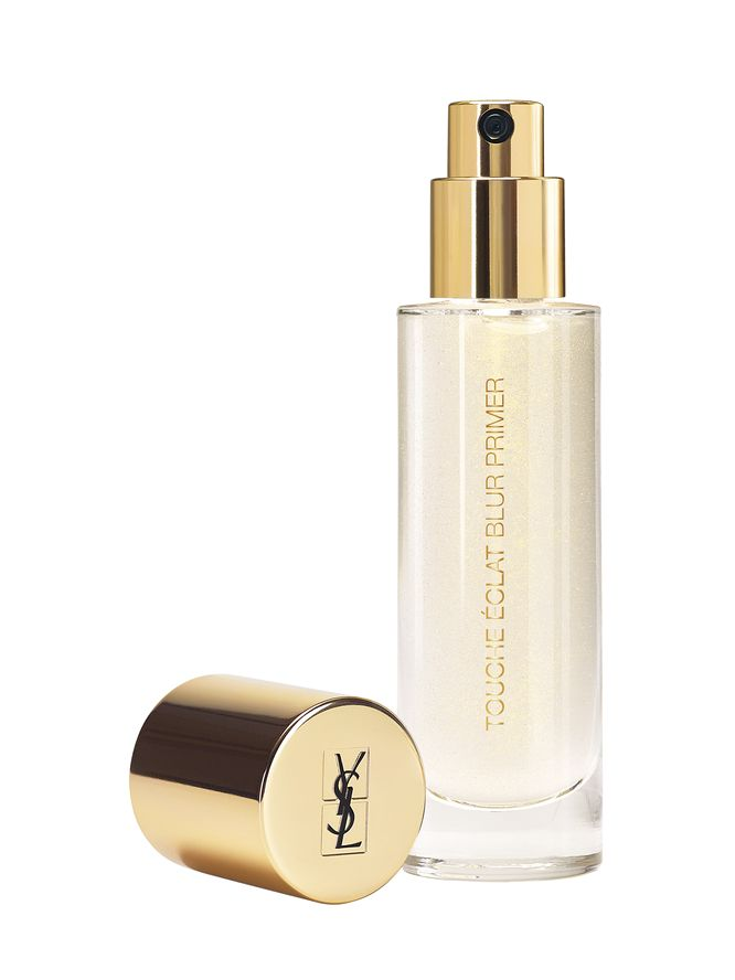 YSL TOUCHE  ÉCLAT BLUR PRIMER | I have had an issue with finding a hg primer that will diminish the size of my pores and keep the oiliness on my face at bay. I finally found it! I'm not going to lie $52 is steep, but for what it does, how well and how long it stays on, it's worth it. Instead of wasting your money and returning, I say if you have combination/more on the oily said skin, I'd HIGHLY recommend this. There's glitter, but it is not shimmery on the face at all.