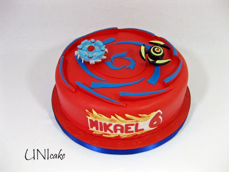C93. Beyblade-kakku. Beyblade cake.