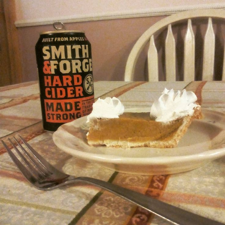 It's beginning to look a lot like Autumn everywhere you go <3 time to break out the hard cider and the pumpkin pie #lovethistimeofyear #fall #autumn #hardcider #coolweather #pumpkinpie #pumpkineverything #pumpkin #apple #applecider #pie #yum #yumm #yummy #whipcream #country #smithandforge #smithandforgehardcider #drinkup #cheers