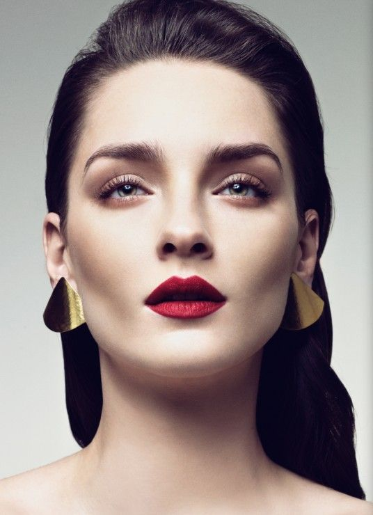 Flawless makeup - garnet lip - fall look.