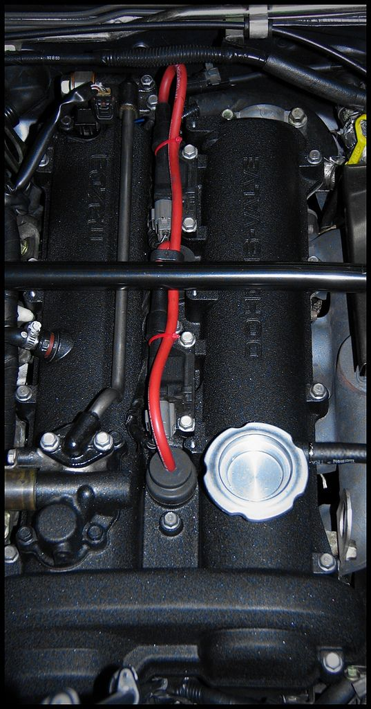 Show us your Valve Cover (Ideas) - Page 9 - ClubRoadster.net