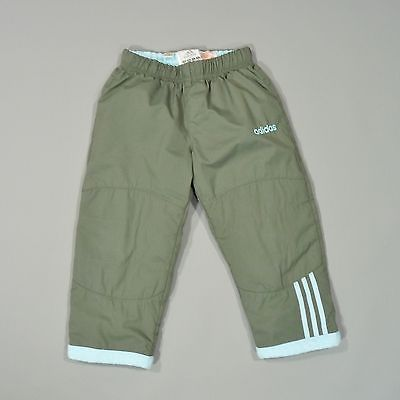 1000 id es sur le th me pantalon vert kaki sur pinterest jeans vert kaki vert kaki et veste. Black Bedroom Furniture Sets. Home Design Ideas