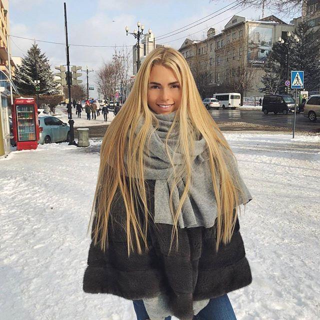 Do You Guys Prefer Long Or Short Hair Supermasik Long Hair Styles Hair Movie Beautiful Russian Women