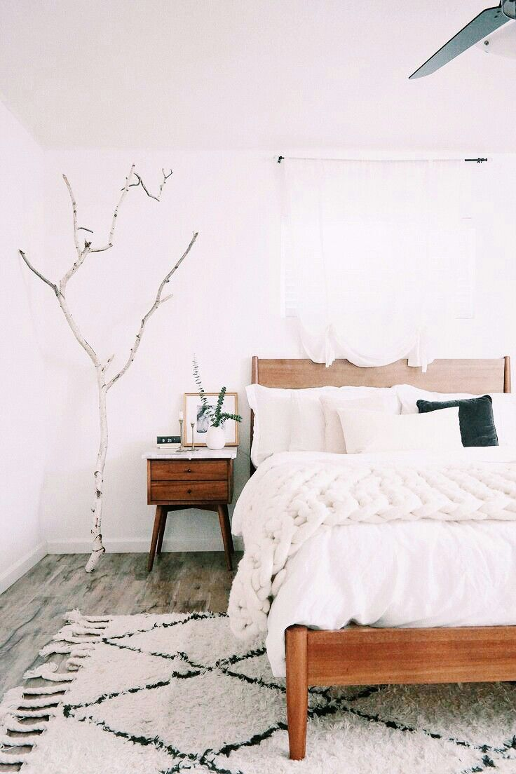 Beautiful Master Bedroom Aesthetic White Bedroom Bedroom Decor Ideas Interior Design Rug In Bedroom Rug Placement F Home Bedroom Home Decor Bedroom Home
