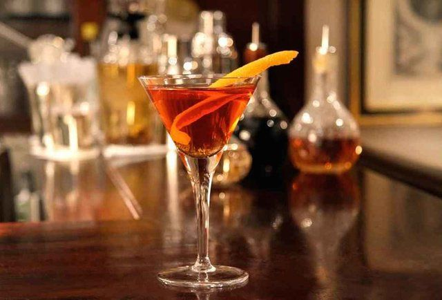 """14 cocktails you should drink before you die"" : Top of my list, predictably, is the Negroni at Caffè Rivoire in Florence. I've had many a Negroni in Rome, but never one in Florence."